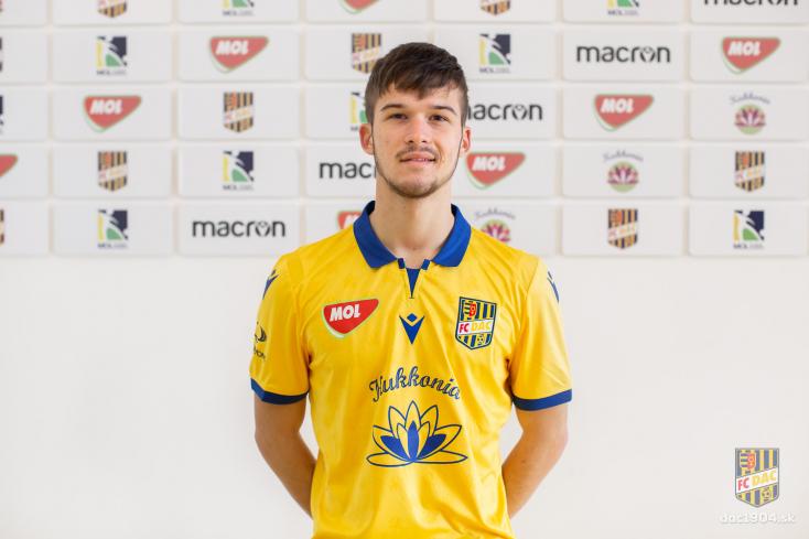 Profi szerződést kapott a DAC 18 éves neveltje, Bögi Ferenc