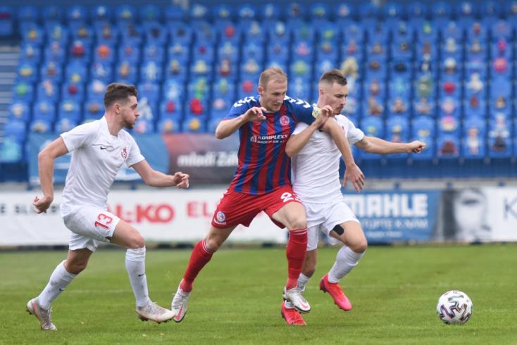 Fortuna Liga, 13. forduló: Drámai hajrát, négy gólt és egy piros lapot hozott a koronavírus miatt elhalasztott bajnoki