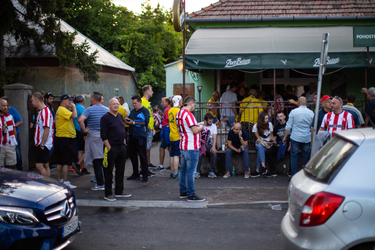 """""""Baráti hangulat uralkodott a szurkolók között"""" – rendőrségi helyzetjelentés a DAC-Cracovia EL-meccsről"""