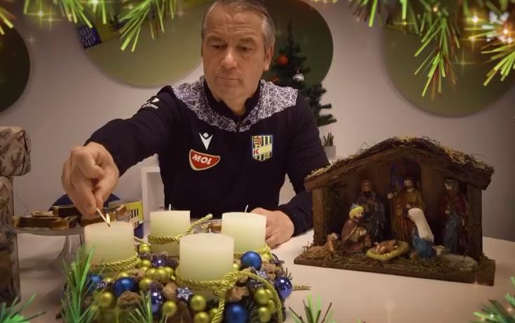 DAC: Bernd Storck meggyújtotta a csapat adventi koszorújának első gyertyáját (VIDEÓ)